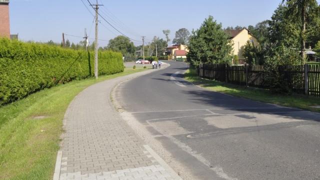 Harmęże - chodnik wzdłuż Franciszkańskiej gotowy