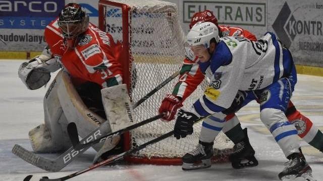 Hokej. Re-Plast Unia Oświęcim pokonała na wyjeździe Zagłębie Sosnowiec