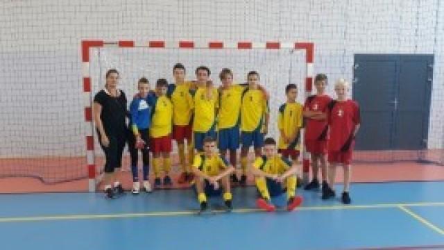 Igrzyska Młodzieży Szkolnej w Piłce Nożnej Halowej Chłopców rocznik 2005 i 2016