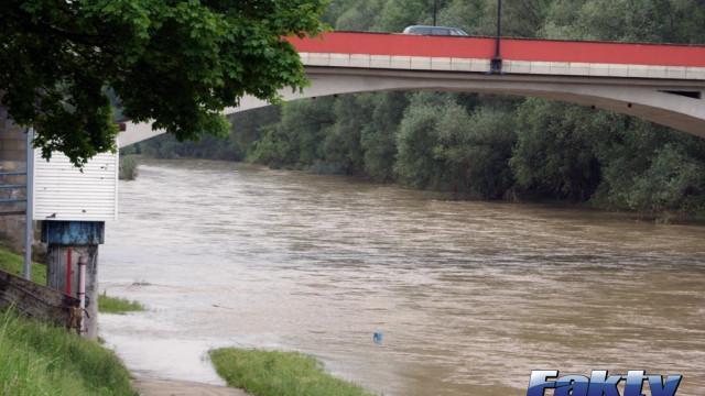 Intensywne opady deszczu, przekroczone stany ostrzegawcze !
