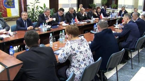 """Interpelacja- niewykorzystane """"narzędzie"""" w rękach brzeszczańskich radnych? - InfoBrzeszcze.pl"""