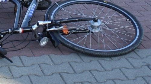 JAWISZOWICE. Czołówka fiata z rowerzystą. Ranny 14-latek