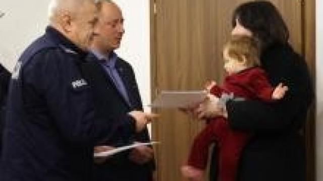 Kęty. Komendant i Burmistrz podziękowali  za wzorowe postawy obywatelskie