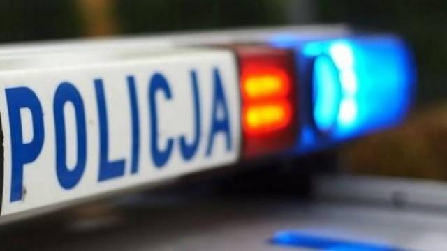 KĘTY. Policja: Chronimy i pomagamy. Policjanci pomogli 65-letniej kobiecie
