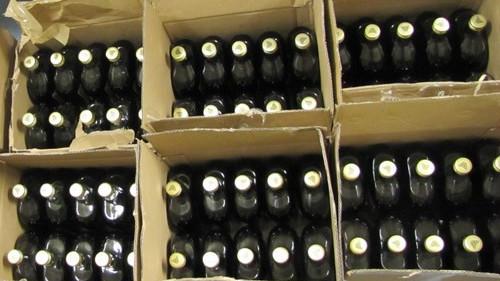 KĘTY. Przemytnicy nielegalnego alkoholu złapani na gorącym uczynku