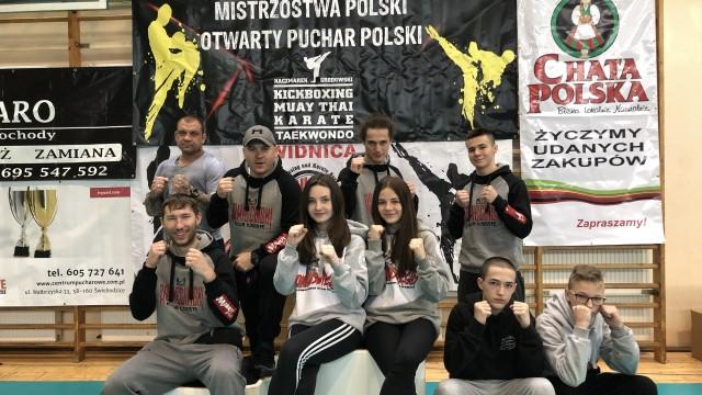 KICK-BOXING. Oświęcimianie polubili złoty kolor. Medalowy deszcz podczas mistrzostw Polski!