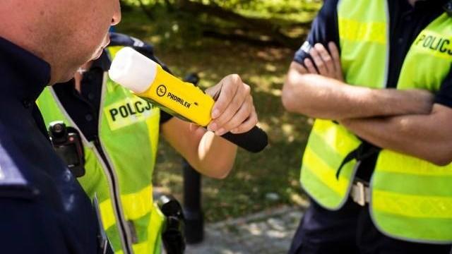 Kolejne zatrzymanie pijanego kierowcy, tym razem kierowała kobieta