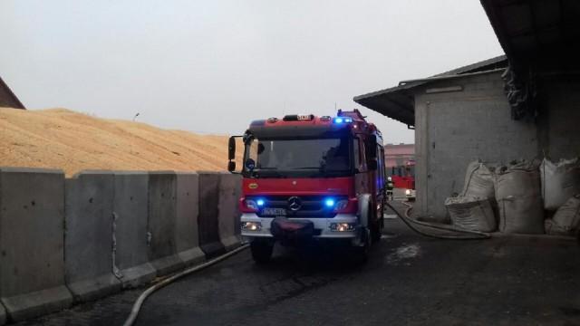 Kolejny raz paliła się suszarnia kukurydzy w Piotrowicach. ZDJĘCIA!