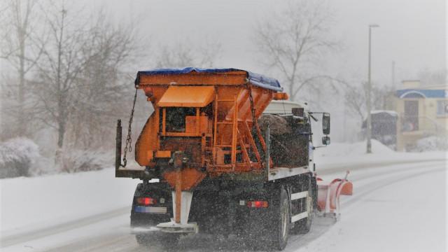 Kto odpowiada za zimowe utrzymanie dróg powiatowych?