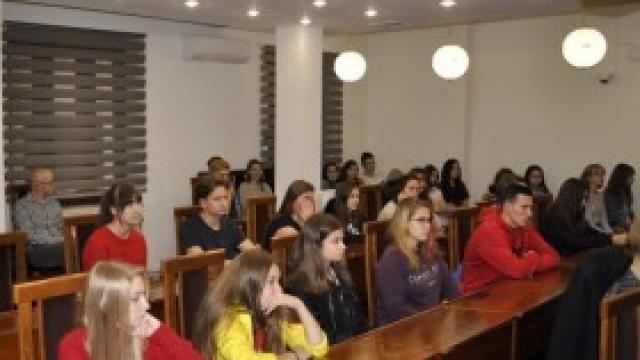 Lekcje Wiedzy o Społeczeństwie w Urzędzie Gminy Kęty
