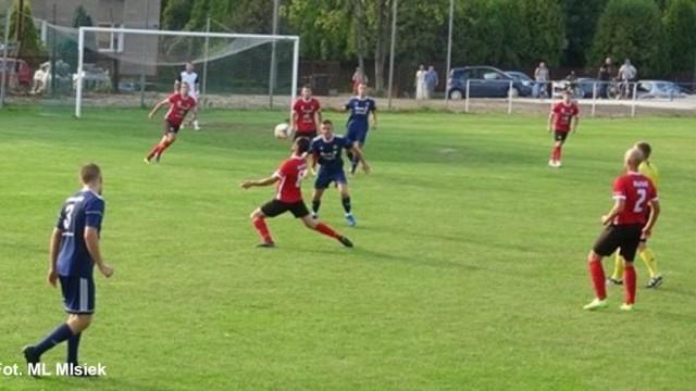LKS Rajsko wygrał z ostatnim w tabeli Sokołem