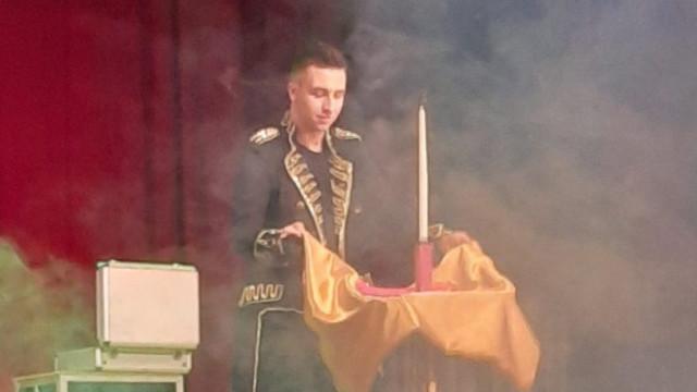 Magiczne show Bartosza Lewandowskiego - InfoBrzeszcze.pl