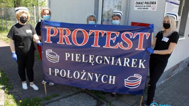 Milczący protest pielęgniarek i położnych w Oświęcimiu