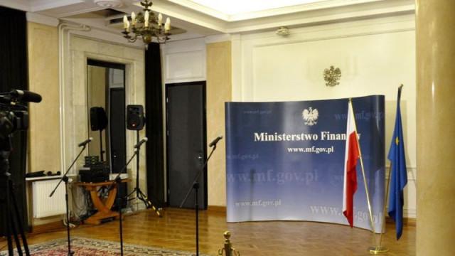 Ministerstwo Finansów przestrzega przed oszustami