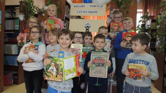Młodzi czytelnicy w Galerii Książki – FOTO