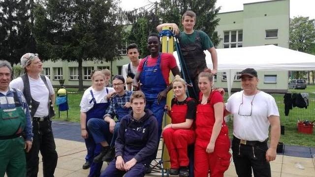 Młodzi Polacy i Niemcy poznają się, pracują i dobrze się bawią