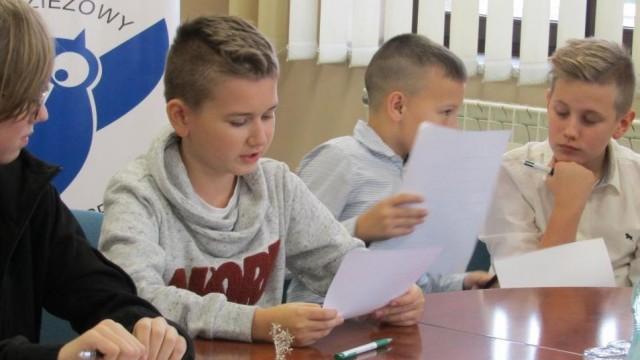 Młodzieżowy Parlament Gminy Brzeszcze już po pierwszej Sesji - FOTO - InfoBrzeszcze.pl