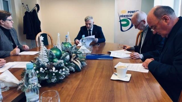 Muzeum Pamięci Mieszkańców Ziemi Oświęcimskiej podpisało umowę z projektantem