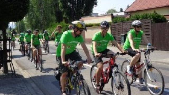 Na rowerach promują honorowe krwiodawstwo