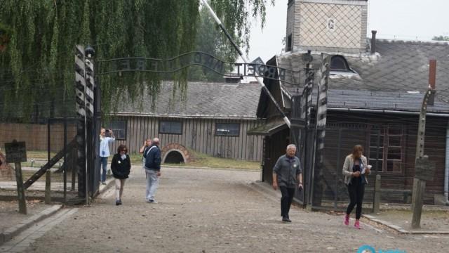 Niderlandy przekażą milion euro Fundacji Auschwitz-Birkenau