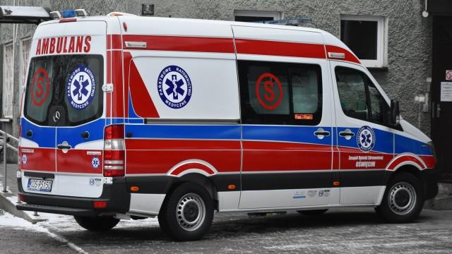Nowa karetka już w Oświęcimiu. Czy nasz powiat pozostanie bez karetki z lekarzem ? ZDJĘCIA!