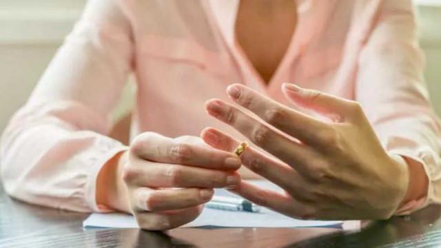 Opuszczenie małżonka a ustalenie winy
