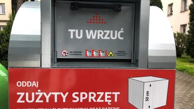 Osiem pojemników na elektrograty w Oświęcimiu – FOTO