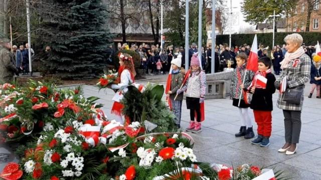 Oświęcim. Biało-czerwono  na 11 listopada