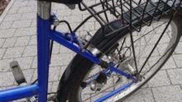 Oświęcim. Dzielnicowy odnalazł i zwrócił mieszkańcowi skradziony rower
