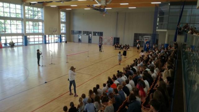 Oświęcim. Miasto przekazało uczniom halę sportową. To ważny dzień w historii szkoły