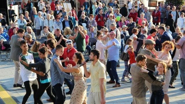 OŚWIĘCIM. Naucz się tańczyć na Rynku Głównym