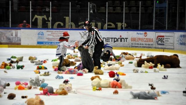OŚWIĘCIM. Podczas tegorocznej akcji Teddy Bear Toos zebrano 25 worków z pluszakami