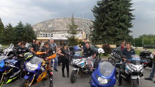 OŚWIĘCIM. Policjanci i motocykliści o kulturze za kierownicą