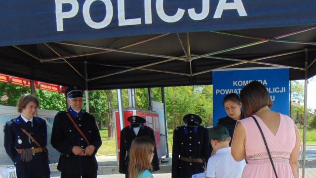 Oświęcim. Policjanci promowali bezpieczeństwo podczas kolejnego charytatywnego pikniku