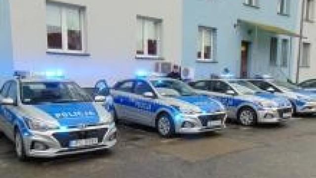 Oświęcim. Policjanci z Oświęcimia, Brzeszcz i Chełmka otrzymali nowe radiowozy