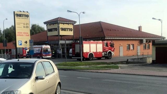 OŚWIĘCIM. Pracownicy marketu Netto trafili do szpitala. Doszło do awarii klimatyzacji