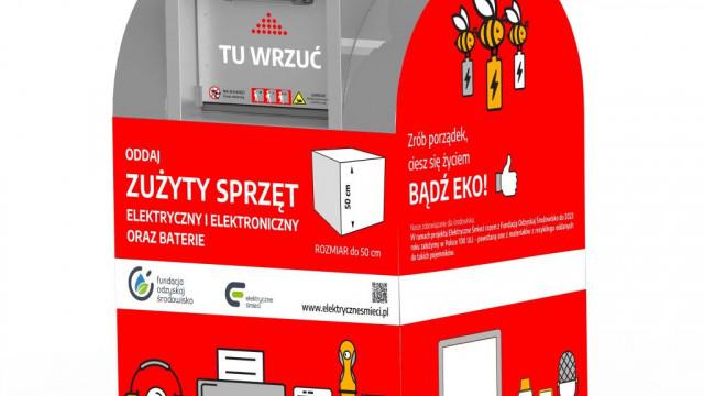 """Oświęcim. Rusza projekt """"Elektryczne śmieci"""", który ma zachęcić mieszkańców do selektywnej zbiórki odpadów zużytego sprzętu w pobliżu miejsca zamieszkania"""