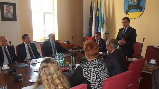Oświęcim - Szybka Kolej Regionalna sposobem na odkorkowanie miasta?