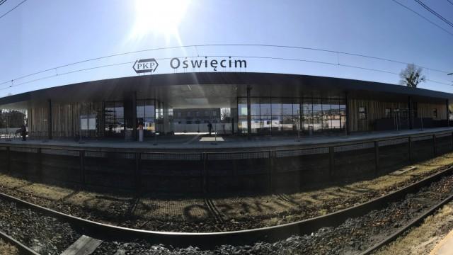 OŚWIĘCIM. Trwają ostatnie prace przy nowym dworcu kolejowym