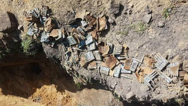 OŚWIĘCIM. Wykopali 100 sztuk amunicji do karabinka w Starym Mieście