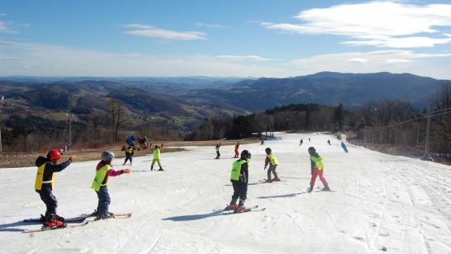 OŚWIĘCIM. Zapisy na kurs nauki jazdy na nartach