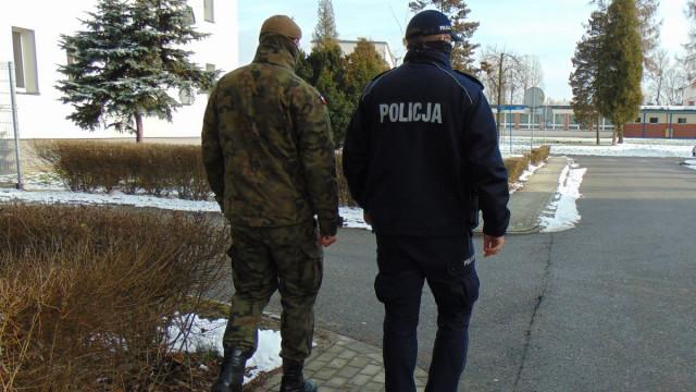 OŚWIĘCIM. Żołnierz podczas robienia zakupów złapał złodzieja