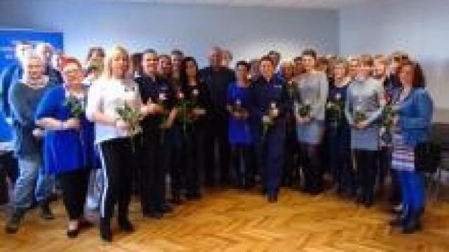 Oświęcim. Życzenia od Komendanta Powiatowego Policji w Oświęcimiu z okazji Dnia Kobiet