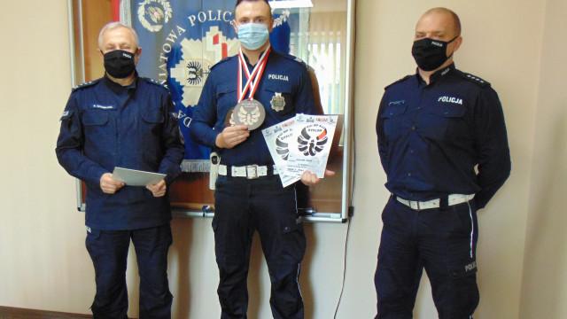 Oświęcimski policjant – sierż. sztab.Wojciech Mazur, zdobył mistrzostwo Polski w brazylijskim Ju-Jitsu