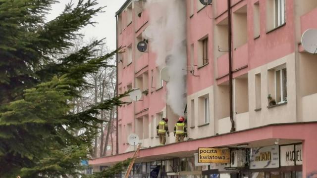 Płonie mieszkanie w Oświęcimiu – FOTO