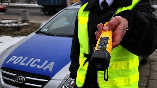Po alkoholu i bez uprawnień. Skuteczne działania oświęcimskich policjantów.