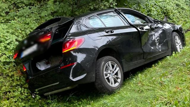 Po wypadku trwają poszukiwania kierowcy. Na miejscu GPR OSP Kęty
