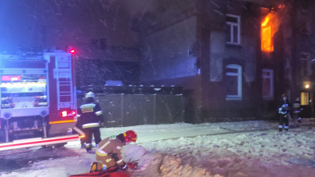 """Podpalił mieszkanie, bo chciał """"zabić potwory""""... . Mężczyzna trafił do aresztu - InfoBrzeszcze.pl"""