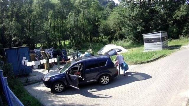 Podrzucają śmieci przy DK 28. Gmina publikuje ich wizerunki