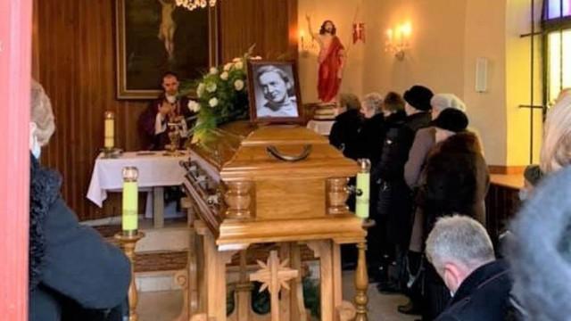Pogrzeb Wandy Sarny z Oświęcimia, w czasie wojny łączniczki Armii Krajowej